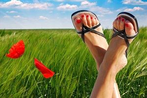 How to combat foot odour